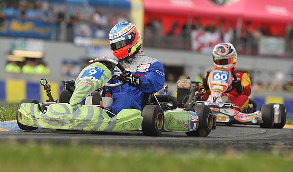 London-Kookeli à la poursuite de Jac Kart en GP2.