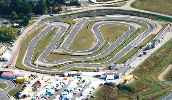 https://www.kartmag.fr/wp-content/uploads/2014/10/Les-courses-du-week-end-des-25-26-octobre.jpg