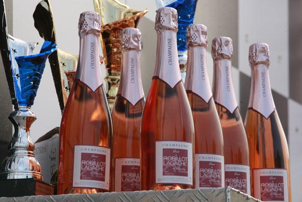 Le Champagne Robillot-Lagache est partenaire de la Stars of Karting et du Trophée Kart Mag.