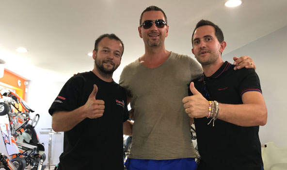 Daniel Sliva (au centre) à Valence