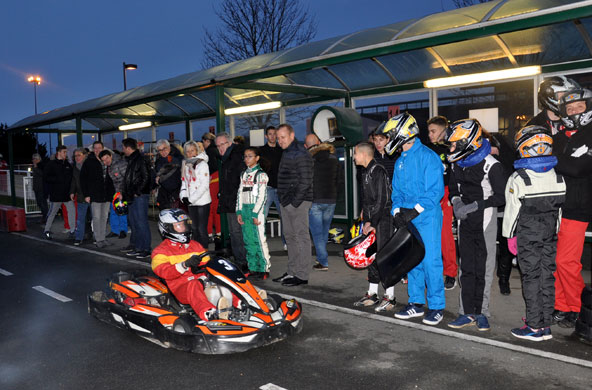 Des courses de kart ont été organisées avec des pilotes actuels et d'autres sur le retour.