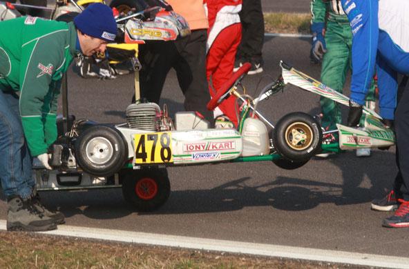Connaissez-vous-le-poids-d-un-kart-sans-piloteConnaissez-vous-le-poids-d'un-kart-sans-pilote-1