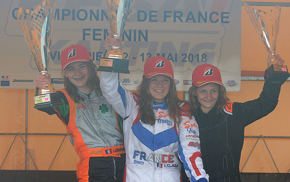 feminines-triomphe-de-leonie-claude-et-de-la-jeunesse