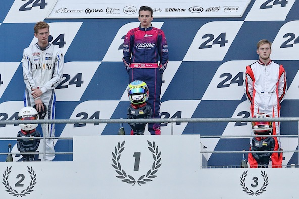 Nicolas Rohrbasser (à g.), 2e de la Finale Internationale IAME en X30 Super Shifter