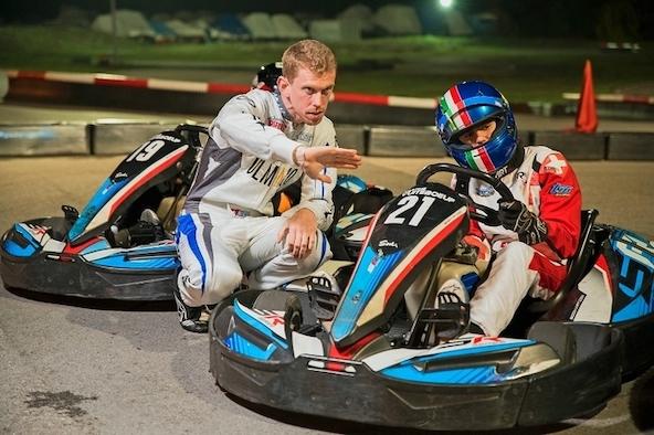 Nicolas Rohrbasser, bientôt 30 ans, brille toujours sur les pistes et fait aussi profiter les jeunes pilotes de son expérience (photo Florien Cella)