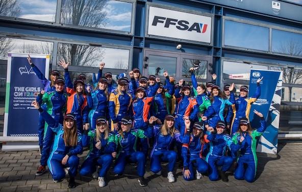 6 filles selectionnees par la FIA lors de la finale au Mans-6