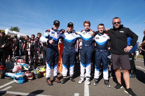 Nicolas Markiewicz (ici à droite à côté de son team manager Mathieu Langlois) a participé aux 24H du Mans 2018 en tant que pilote