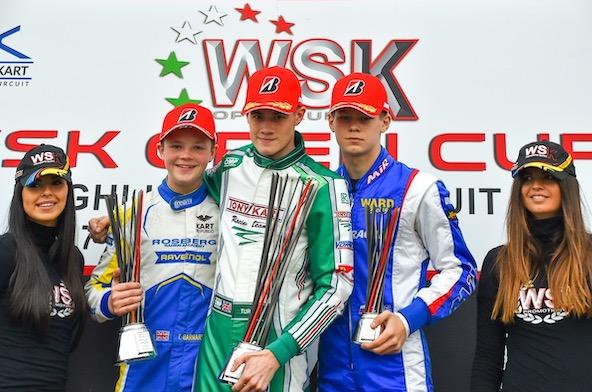 De g. à dr., Barnard (vainqueur de la WSK Open Cup), Turney (vainqueur de cette finale à Castelletto) et Smal.