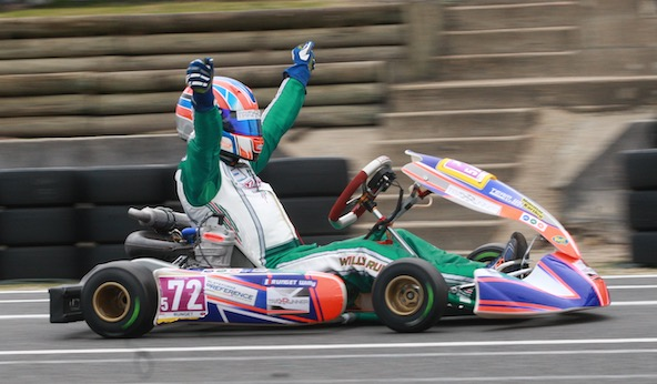 open-kart-salbris-willy-runget-au-dessus-du-lot-en-master-gentleman