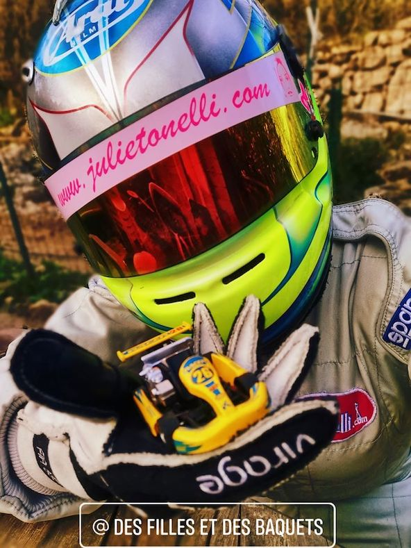 """Priscilla Boudon défend le kart au féminin sur la page """"Des filles et des baquets"""""""