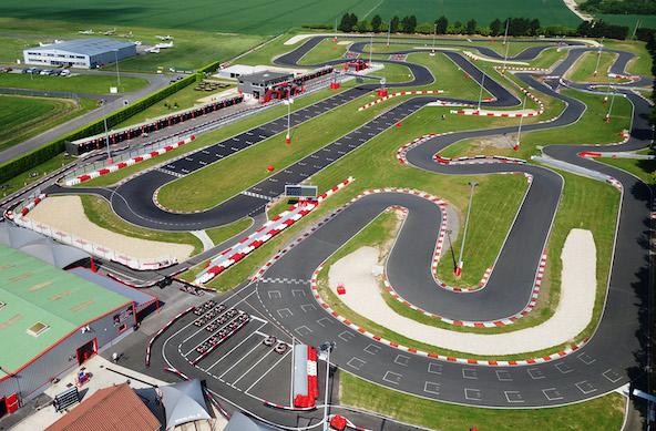 Comme bien d'autres circuits en France, le complexe du Racing Kart de Cormeilles en région parisienne va pouvoir rouvrir.