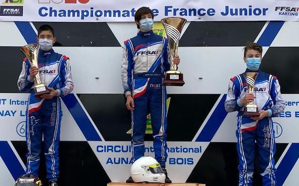 De g. à dr., Peugeot, Nicouleau et Vayron. Ces trois pilotes forment également le top-3 du Championnat provisoire, mais dans un ordre différent.