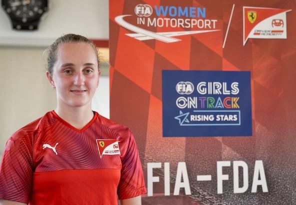 Maya Weug-Du OK a la F4 avec la Ferrari Driver Academy-2
