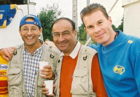 Photographe de Kart Mag, Joël Gaboriaud est ici encadré de Jacky Foulatier (à g.) et Renaud Didier sur cette image datant de près de 20 ans...