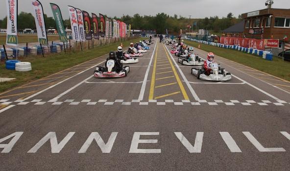 L'Open Kart à Anneville (ouverture de la Stars of Karting) sera l'une des premières grandes courses en France