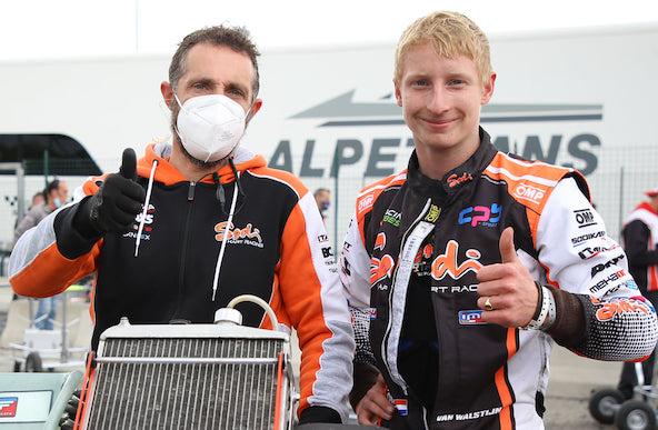Equipe française (CPB Sport) et mécano français (Matthieu Neron) pour le vainqueur en KZ2, Senna Van Walstijn